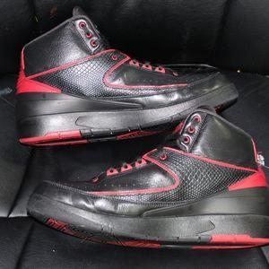 Jordan 2 bred (alternate 87)